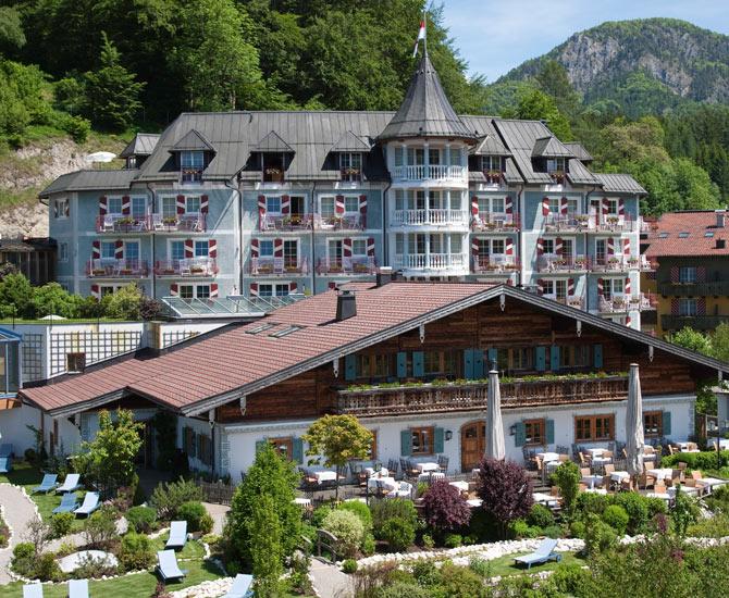 Golfhotels in salzburg golf for Designhotel zell am see living max