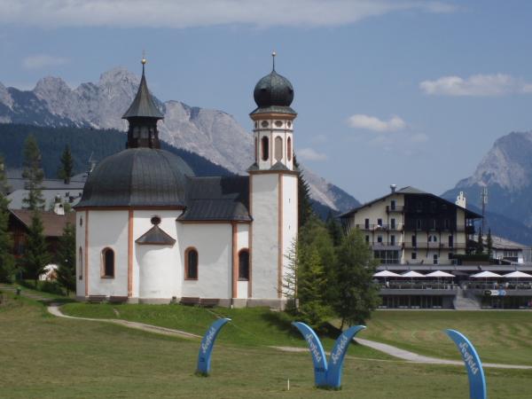 Trendiges Golfhotel Das Alpenhotel Seefeld Fall In